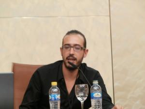 """Enrique González, locutor del espacio """"LUNÁTICOS"""""""