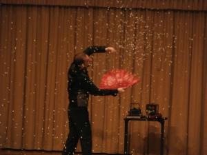 La magia de Magic Rey nos hizo ver  nieve en el escenario