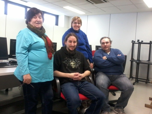 Vicente con algunos de los participantes del Taller de blogs