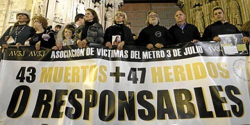 Imagen recogida en el periódico el mundo .es  sobre la tragedia de Valencia