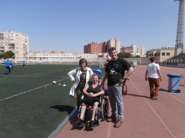 Concha Cuevas , en el estadio de fútbol