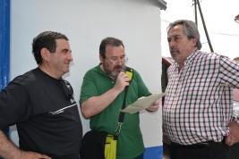 Un momento destacado del día con el Alcande de Zaragoza y el Pte. del Patronato del Grupo