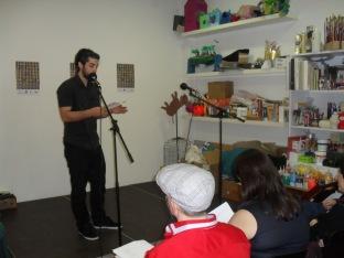 Luis Ronero en un momento del Recital Literario
