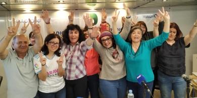 El equipo del programa en la manifestación radiofónica